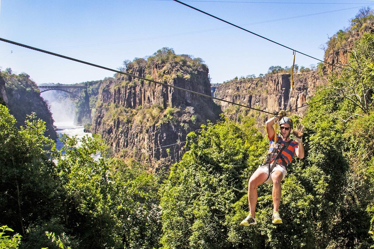 https://www.safariventures.com/wp-content/uploads/2019/01/canopy_tours_37.jpg