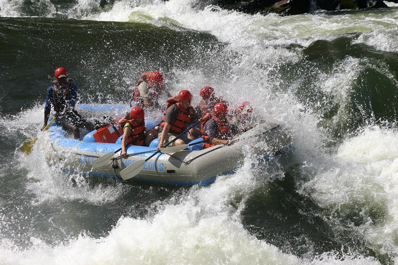 https://www.safariventures.com/wp-content/uploads/2019/01/wh_rafting01.jpg